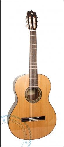 Гитара классическая Alhambra 3C