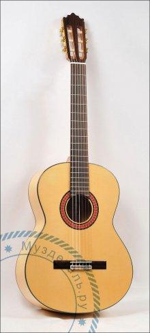 Гитара классическая Alcora 213F