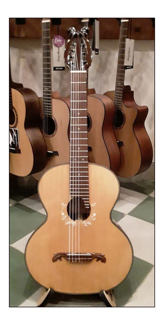 Гитара семиструнная мастера Бабичева