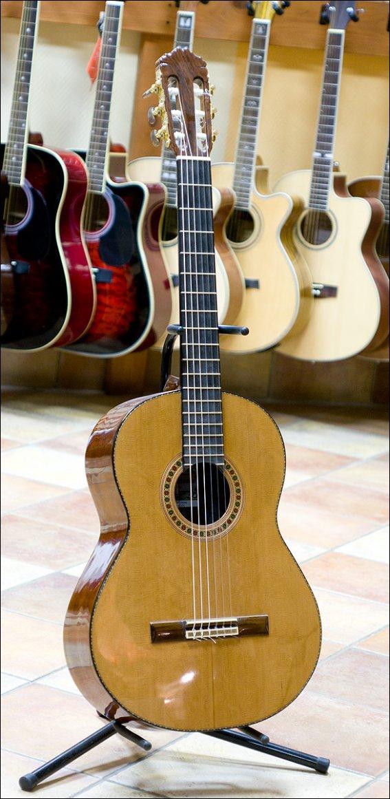Гитара классическая мастера Пескова